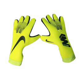 NK Green MTE Goalkeeper Gloves		