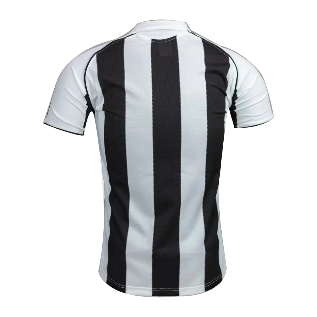 05/06 Newcastle United Home Black&White Retro Soccer Jerseys Shirt